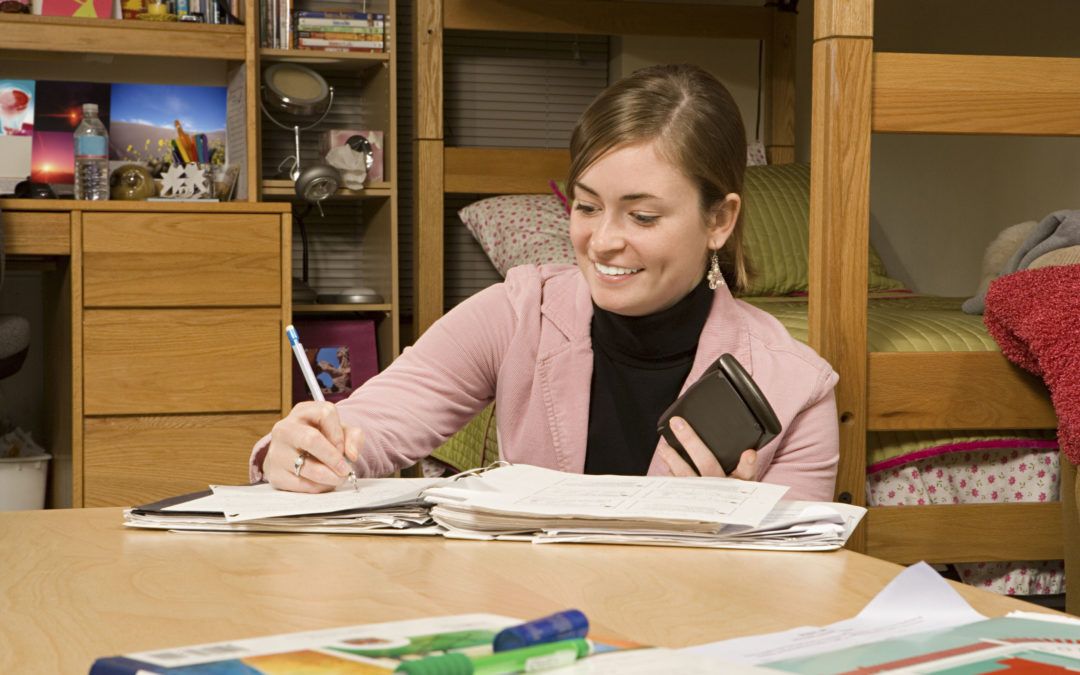 4 Simple Tips To Keep You Organized This College Semester