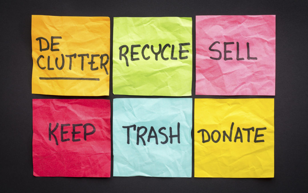 Simple Ways To Clear Out Clutter And Improve Your Health in 2020