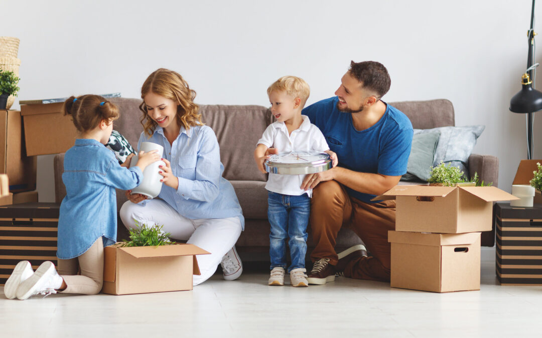 How to Keep Your Family's Move Organized This Fall